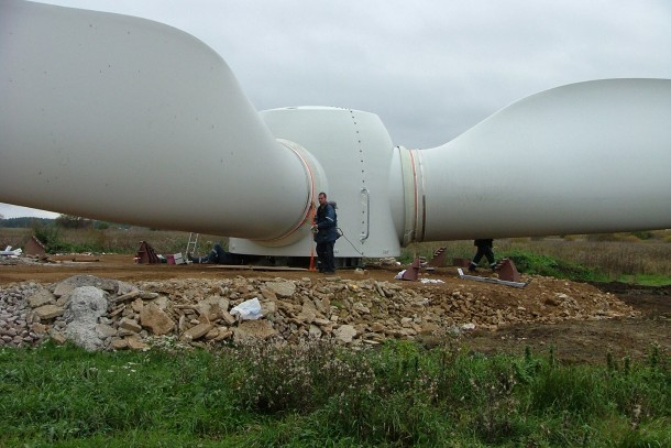 The global wind energy sector grew with 27 per cent in 2007.