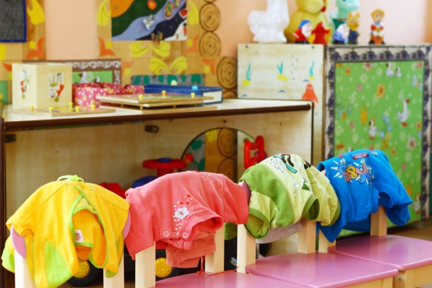 Folded clothes at a day-care centre in Northwestern Russia. Photo: Patrik Rastenberger