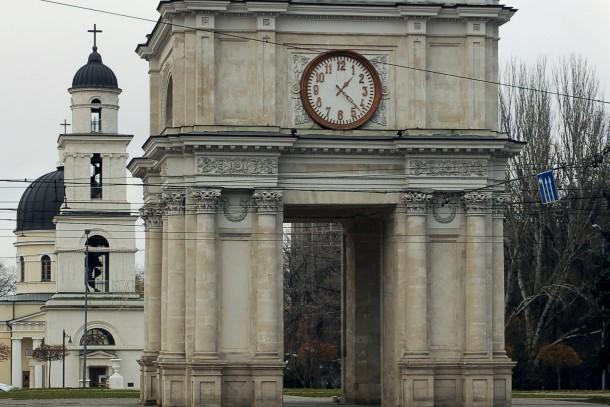 The Nativity Cathedral and the Triumph Arch in Chişinău, Moldova. Photo: Colourbox