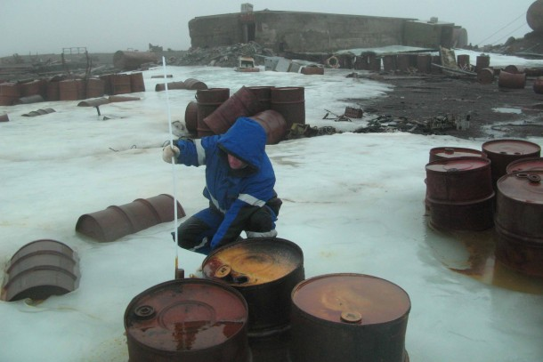 Measuring pollution at Franz Josef Land. Photo: The Russian Polar Foundation