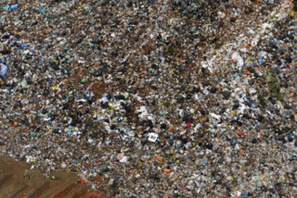 The pilot project in Peru aims at mitigating climate emissions in the solid waste sector. Photo: Corbis/SKOY