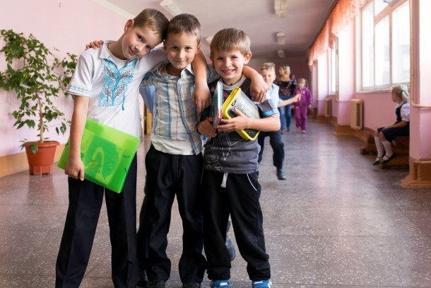 School children in Eastern Ukraine. Photo: Patrik Rastenberger