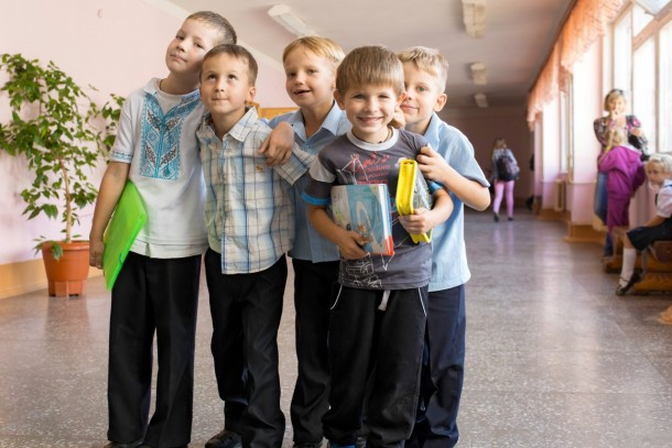 The investment will benefit school children in eastern Ukraine. Photo: Patrik Rastenberger