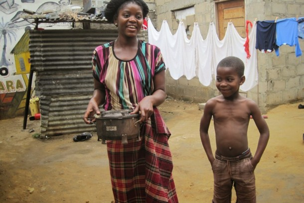 Cook stove project in Mozambique by Carbonsink, photo: Carbonsink