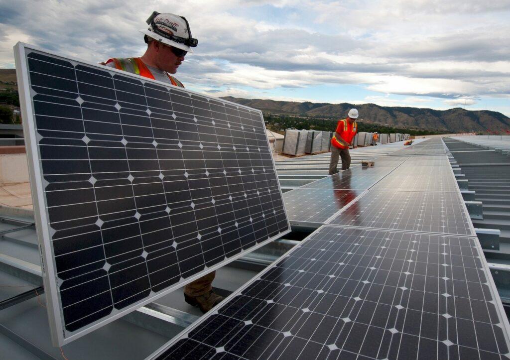 Building a solar power plant
